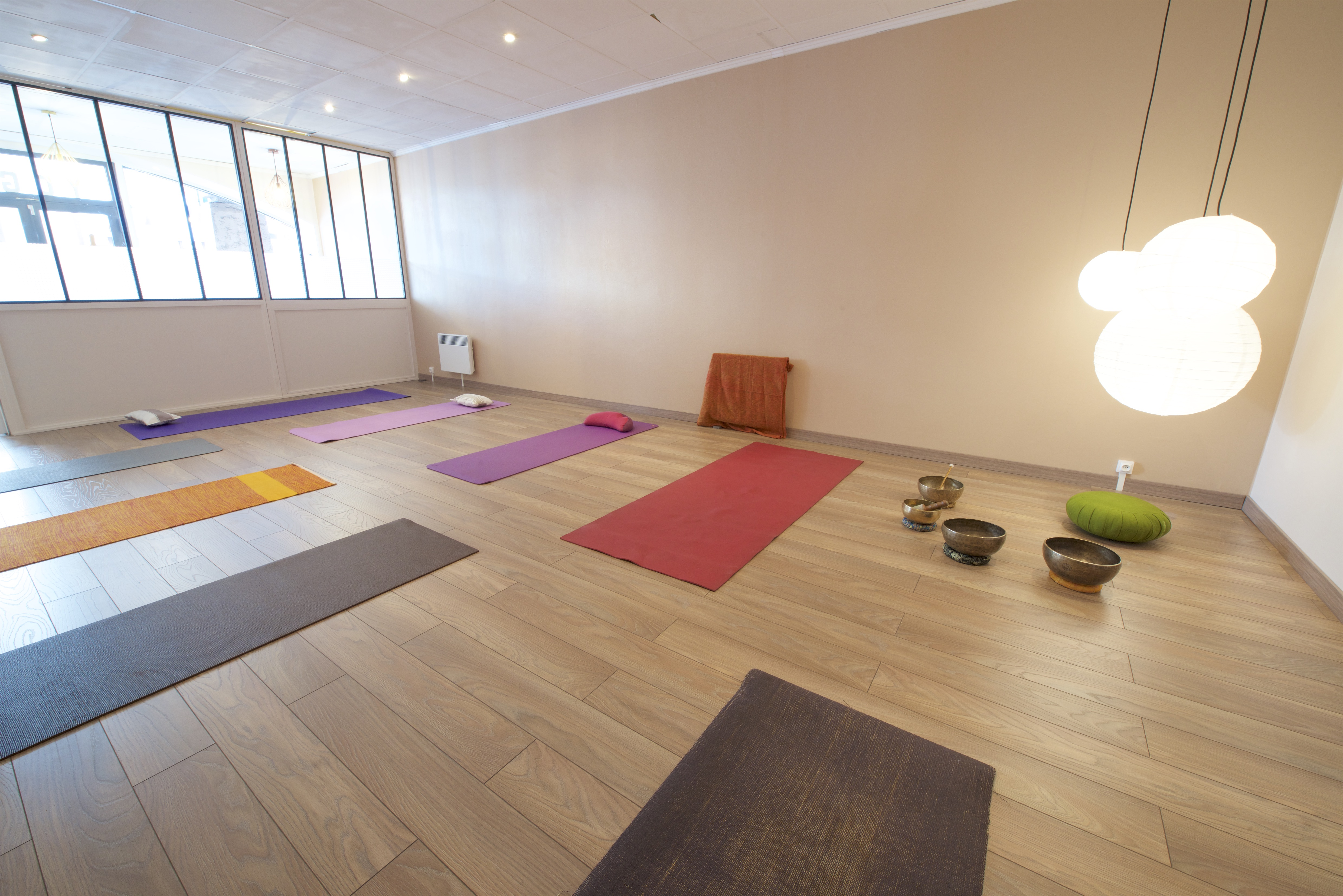 photos de la salle de yoga at aum saint raphaël