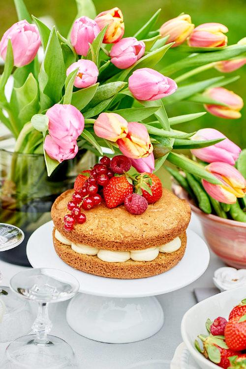 photo de sponge cake aux fraises