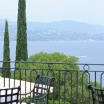 Vue de la terrasse de la Villa Belrose à Saint Tropez (83) - Vanessa Romano photographe et styliste culinaire (2)