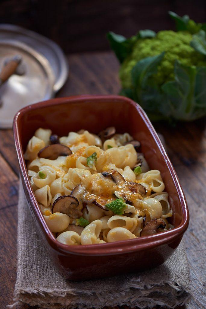 photographie culinaire d'un gratin de pâtes