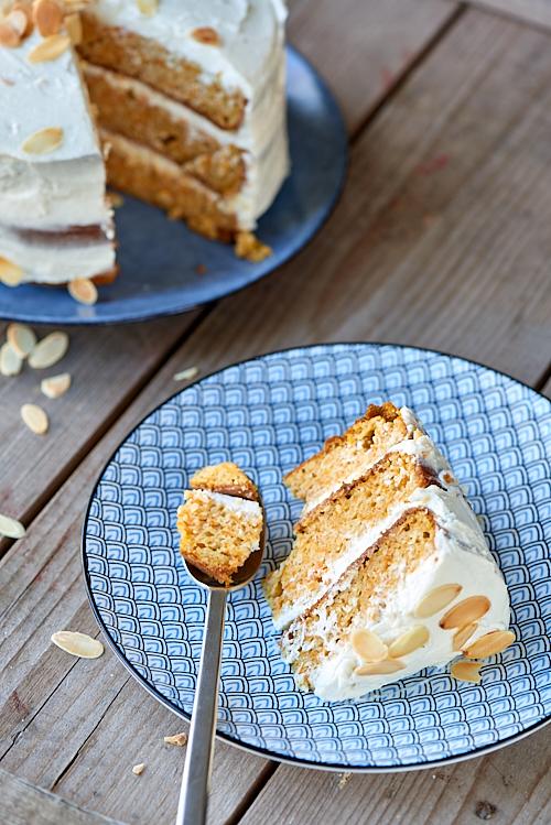 photographie culinaire d'un carrot cake