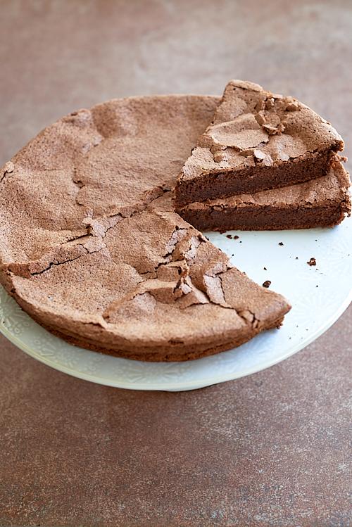photographie culinaire d'un gâteau au chocolat