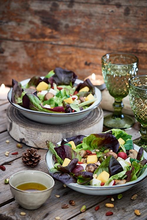 photographie culinaire de salade folle végétarienne
