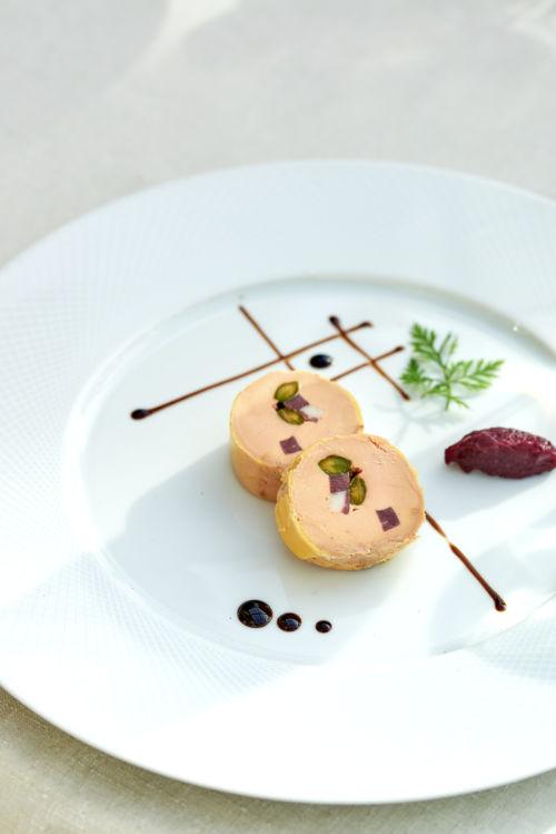 Photo culinaire d'une assiette de foie gras de la Bastide de Tourtour